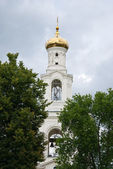 Golden dome of ancient Russian Orthodox Church — Stock Photo