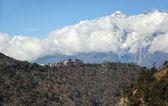修道院の tengboche、ネパールのビュー — ストック写真