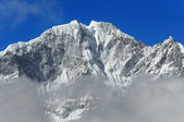 Mt. Thamserku (6608 м). Himalayas, Nepal — Stockfoto