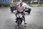 Kamboçya'da tropikal yağmur — Stok fotoğraf