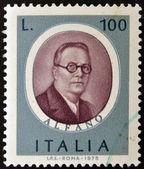 Sello impreso en italia, dedicado a famosos músicos muestra franco alfano — Foto de Stock