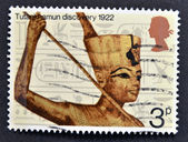 A stamp printed in Great Britain shows Commemoration of the discovery of Tutankhamun's tomb in 1922 — Stock Photo