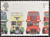 UNITED KINGDOM - CIRCA 2001: A stamp printed in Great Britain shows AEC Regent III RT Type, Bristol KSW5G Open-top, AEC Routemaster and Bristol Lodekka FSF6G, circa — Foto Stock