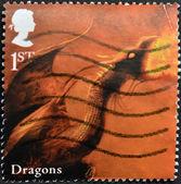 İngiltere - 2009 yaklaşık: efsanevi yaratıklar için adanmış İngiltere'de basılmış damga dragon 2009 yaklaşık gösterir — Stok fotoğraf