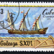 A stamp printed in Cuba shows Italian vessel, galleass, S. XVI — Stock Photo