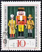 DEMOCRATIC REPUBLIC OF GERMANY - CIRCA 1967: A stamp printed in Germany dedicated to Folk art from the Erzgebirge mountains, shows the Nutcracker, circa 1967 — Stock Photo
