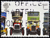 UNITED KINGDOM - CIRCA 2001: A stamp printed in Great Britain shows Leyland X2 Open-top, London General B Type, Leyland Titan TD1 and AEC Regent 1, circa 2001 — Foto Stock