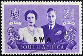 SOUTH AFRICA - CIRCA 1947: A stamp Printed in South Africa shows King George VI and wife, commemorate British Royal family visit to RSA, circa 1947 — Stock Photo