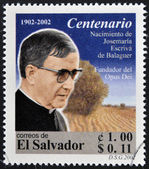 EL SALVADOR - CIRCA 2002: stamp printed in El Salvador shows image of Saint Josemaria Escriva de Balaguer was a Roman Catholic priest from Spain who founded Opus Dei, circa 2002 — Foto Stock