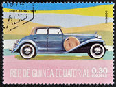 EQUATORIAL GUINEA - CIRCA 1974: A stamp printed in Guinea dedicated to vintage cars, shows Stutz DV32, 1982, circa 1974 — Stock Photo