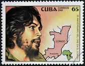 CUBA - CIRCA 2000: A stamp printed in Cuba shows Che Guevara's image and the map of congo, circa 2000 — Stock Photo