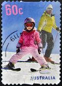 австралия - около 2011: марку, напечатанную в австралии показывает, катание на лыжах, около 2011 — Стоковое фото