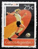 阿根廷-大约 1994年: 邮票印刷在阿根廷致力于 1994 年世界足球杯美国,显示世界冠军德国,1990 年,大约在 1994年 — 图库照片