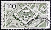 德国-大约 1977年: 在德国印刷的邮票显示欧洲宫殿在斯特拉斯堡,大约 1977年 — 图库照片