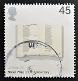 UNITED KINGDOM - CIRCA 2001: stamp printed in Great Britain shows Poem 'The Adressing of Cats' by T.S.Eliot in Open Book commemorates the 100th anniversary of the Nobel Prize for Physics, circa 2001 — Foto Stock