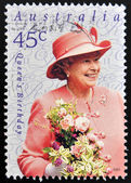 AUSTRALIA - CIRCA 2001: A stamp printed in Australia shows Queen Elizabeth II, circa 2001 — Stock fotografie