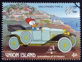 St. vincent Grenadyny - wyspa Unii - około 1989: znaczek wydrukowany w st. vincent, Grenadyny pokazuje donald kaczka, citroen 1919, około 1989 — Zdjęcie stockowe