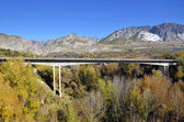 Bridge in Durcal, Granada and background mountains — Foto Stock
