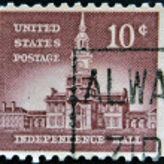 USA - CIRCA 1954: A stamp printed in USA shows Independence Hall, circa 1954 — Stock Photo #9451876