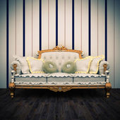 Beautiful old sofa interior — Stock Photo