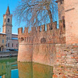 Water in the moat — Stock Photo #21850707