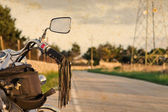 Vintage bike and road — Stock fotografie