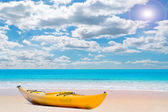 Kayak in paradise — Stock Photo