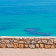 Small wall and sea — Stockfoto
