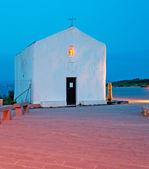 White chapel at dusk — Stock Photo