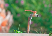 Rusty faucet — Stock Photo