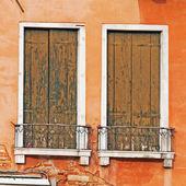Old wooden windows — Stock Photo