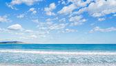 Mar y cielo azul — Foto de Stock