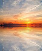 Zonsondergang weerspiegeling — Stockfoto