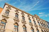 Palace and blue sky — Stock Photo