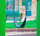 Bir parkta tahterevalli — Stok fotoğraf