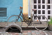 Old bicycle — Stok fotoğraf