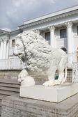 Rzeźba lwa — Zdjęcie stockowe