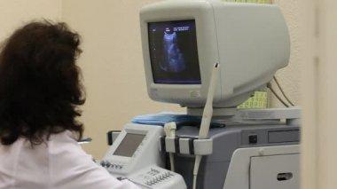 Ultrasound examination — Stock Video