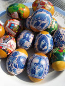 Nice Easter eggs with images — Stockfoto
