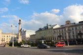Zobacz na placu mickiewicza w mieście lwowie — Zdjęcie stockowe