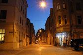 Beleuchtete straße der stadt lemberg — Stockfoto