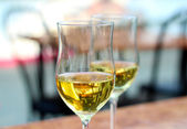 Two white wine glasses. — Stock Photo