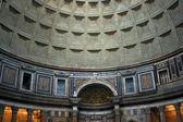 Interiér patheon v římě — Stock fotografie