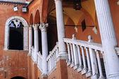 феррара - древний лестница — Стоковое фото