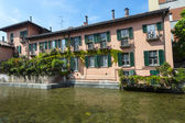 Old house on the Martesana canal (Milan, Italy) — Foto de Stock