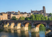 Albi, bridge over the Tarn river — Stock Photo