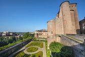 Albi, palais de la berbie, trädgård — Stockfoto
