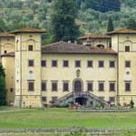 Ancient villa near Pistoia (Tuscany) — Stock Photo #6952282