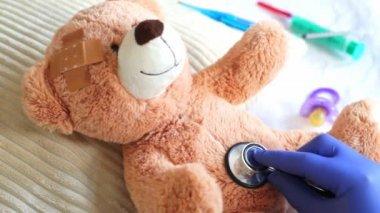 Pediatrician — Stock Video