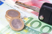 Car Key and Money — Stock Photo